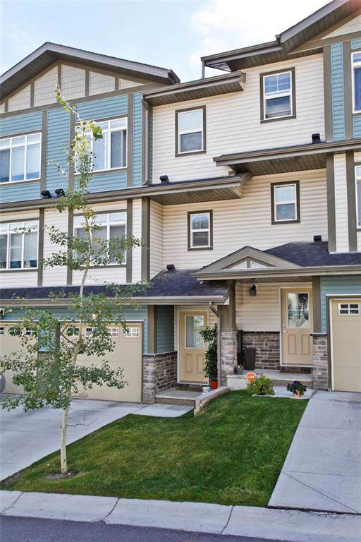 17 Panatella Road NW, Calgary, AB T3K 0S7 (#C4268251) :: Redline Real Estate Group Inc