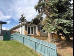 3477 31A Avenue SE, Calgary, AB T2B 0J4 (#C4271843) :: Redline Real Estate Group Inc