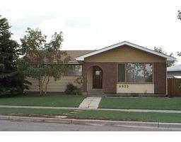 4932 Whitehorn Drive NE, Calgary, AB T1Y 1X5 (#C4272220) :: Calgary Homefinders