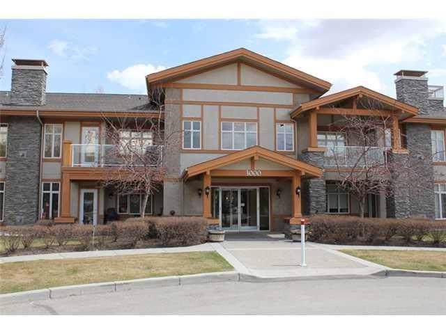 3202 Lake Fraser Court SE, Calgary, AB T2J 7G4 (#C4278602) :: Redline Real Estate Group Inc