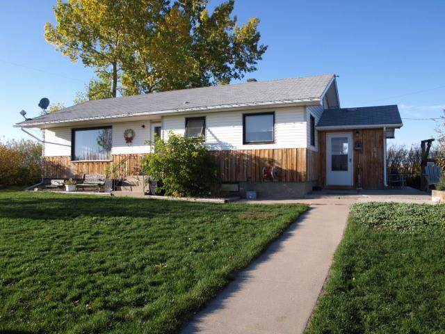 272 Blackie, Rural Foothills County, AB T0L 0J0 (#C4279230) :: The Cliff Stevenson Group