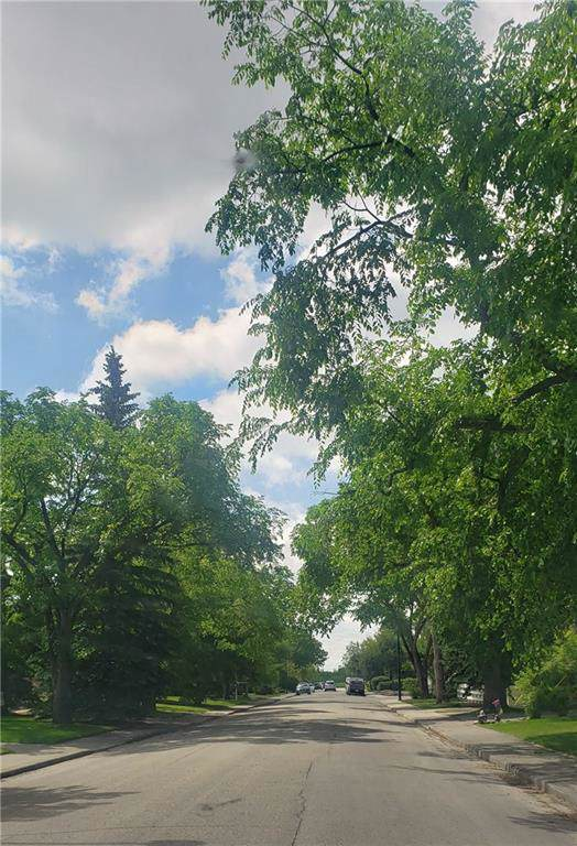1604 48 Avenue SW, Calgary, AB T2T 2S8 (#C4282456) :: Virtu Real Estate