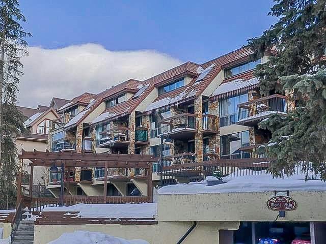444 Banff Avenue #102, Banff, AB T1L 1C9 (#C4297670) :: Canmore & Banff