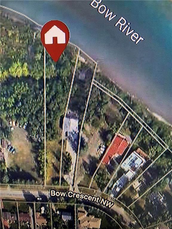 7224 Bow Crescent NW, Calgary, AB T3B 2B9 (#C4305792) :: The Cliff Stevenson Group