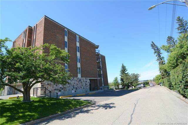 4326 Michener Drive #301, Red Deer, AB T4N 2B1 (#CA0183628) :: Canmore & Banff
