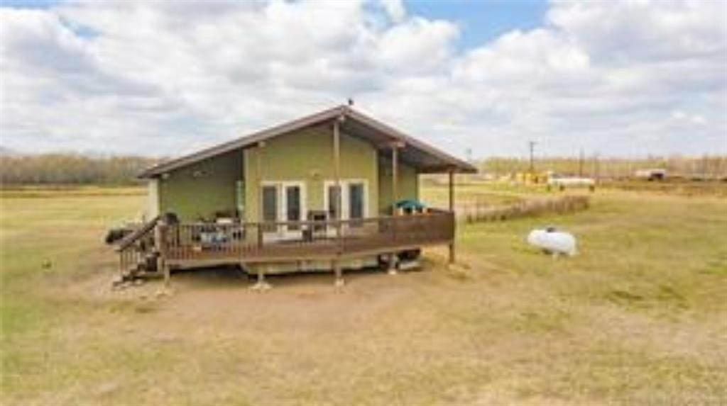 37545 Range Road 20-4 - Photo 1