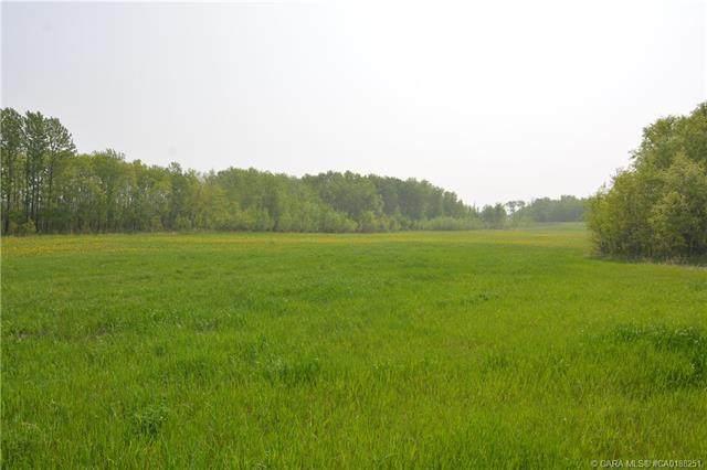 ON Range Road 240, Rural Red Deer County, AB T0M 0V0 (#CA0188251) :: Redline Real Estate Group Inc