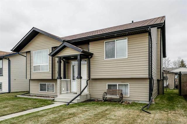 114 Newton Drive, Penhold, AB T0M 1R0 (#CA0193783) :: Western Elite Real Estate Group
