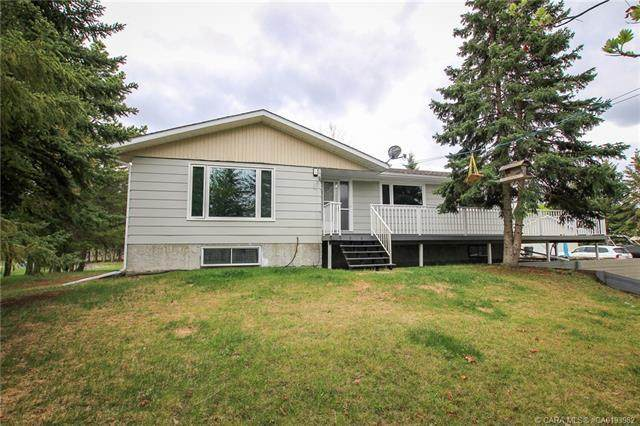 2 West View Drive, Rural Ponoka County, AB T4J 1R3 (#CA0193982) :: Canmore & Banff