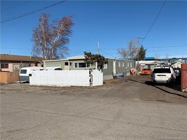 427 10 Street, Fort Macleod, AB T0L 0Z0 (#LD0189874) :: Canmore & Banff
