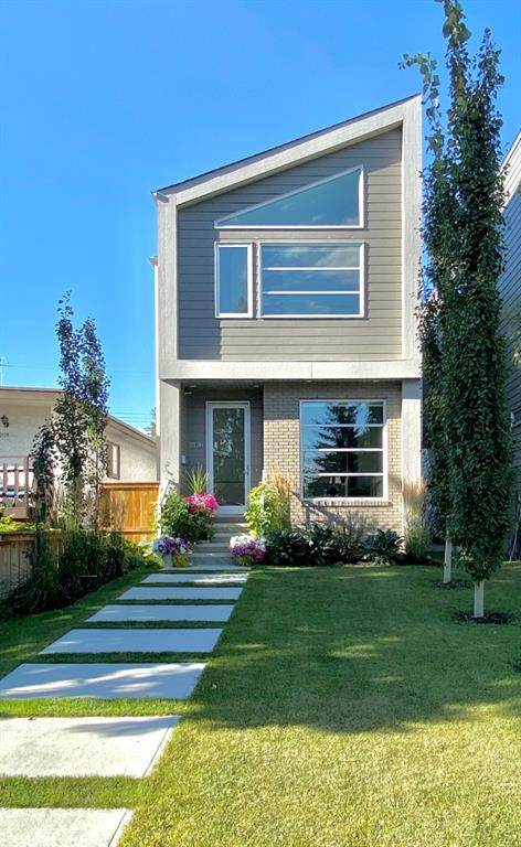 2136 53 Avenue SW, Calgary, AB T3E 1K8 (#A1027939) :: Redline Real Estate Group Inc