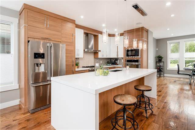 1426A 18 Avenue NW, Calgary, AB T2M 0W6 (#A1038115) :: Canmore & Banff