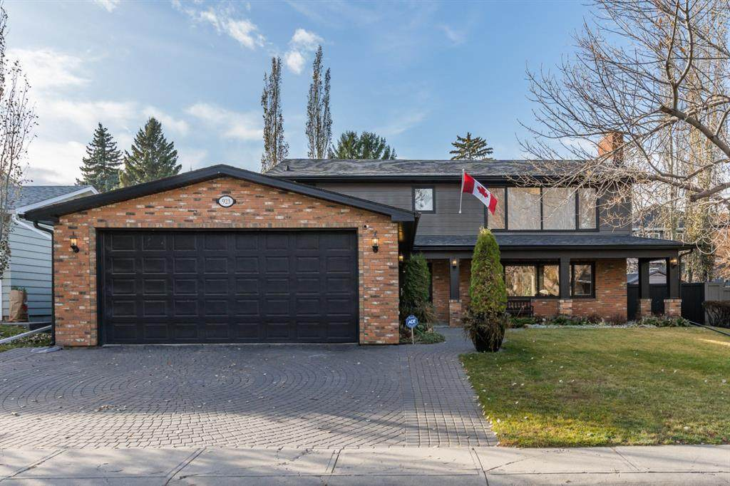 923 Kerfoot Crescent - Photo 1