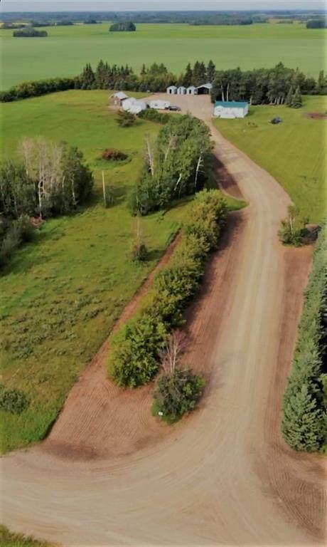 831040 Range Road 252 - Photo 1