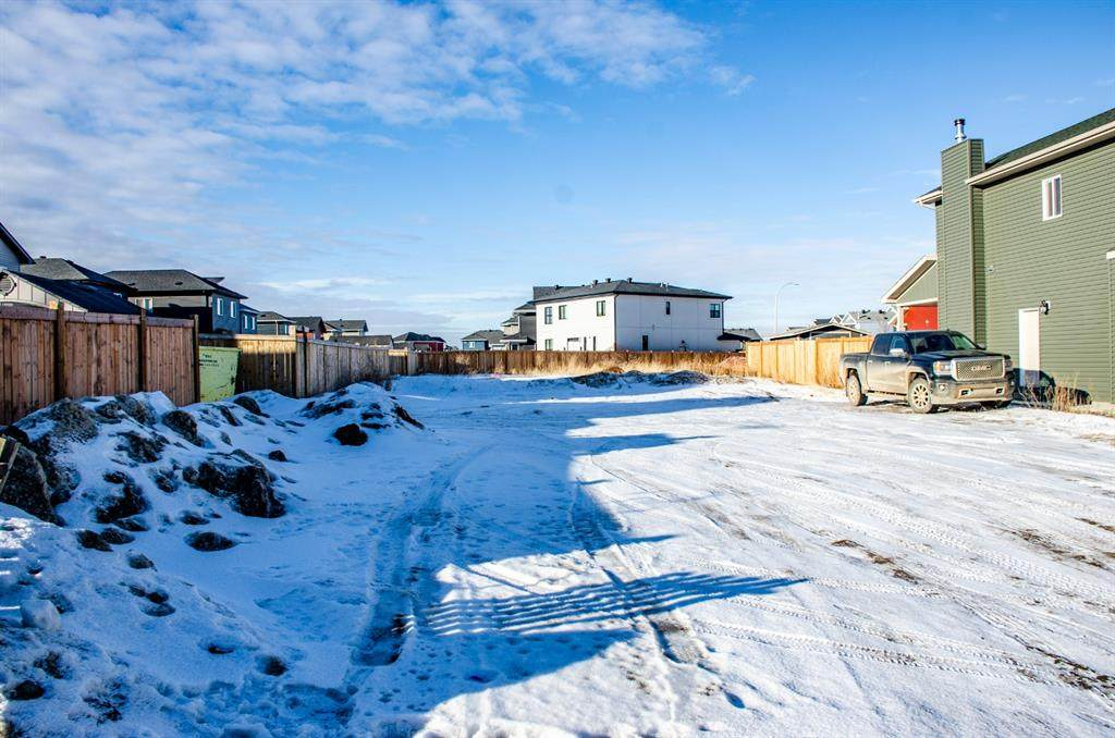 109 Athabasca Crescent - Photo 1