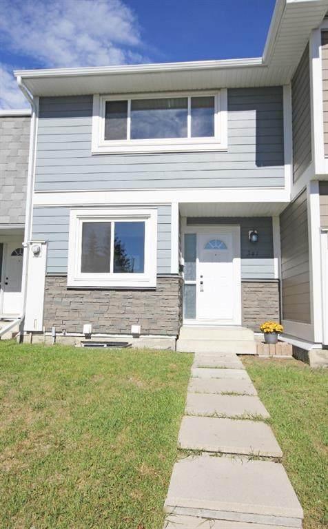 341 Georgian Villas NE, Calgary, AB T2A 7E1 (#A1117524) :: Calgary Homefinders