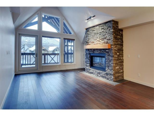 106 Stewart Creek Landing #304, Canmore, AB T1W 0G6 (#C4049598) :: Canmore & Banff