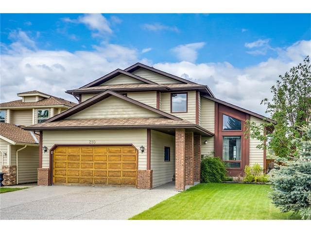 210 Wood Valley Place SW, Calgary, AB T2W 5T8 (#C4118784) :: The Cliff Stevenson Group