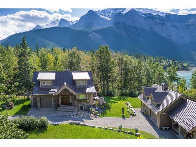 5 Mountaineer Close, Lac des Arcs, AB T1W 2W3 (#C4121966) :: Canmore & Banff