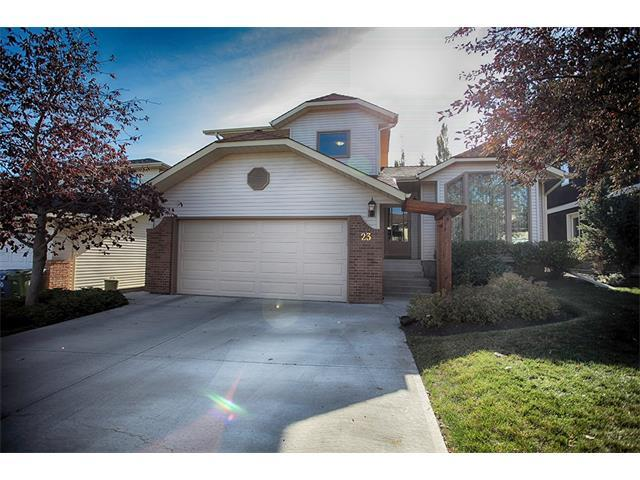 23 Straddock Crescent SW, Calgary, AB T3H (#C4142233) :: Redline Real Estate Group Inc