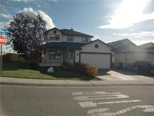 216 Cove Crescent, Chestermere, AB T1X 1J6 (#C4142958) :: The Cliff Stevenson Group
