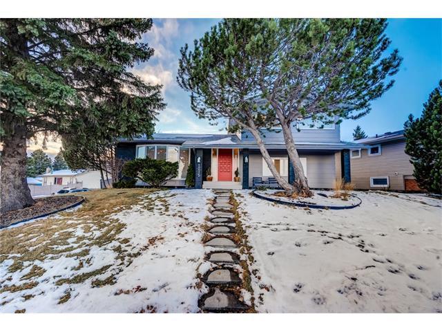 1215 Lake Bonavista Drive SE, Calgary, AB T2J 0N9 (#C4145704) :: Redline Real Estate Group Inc