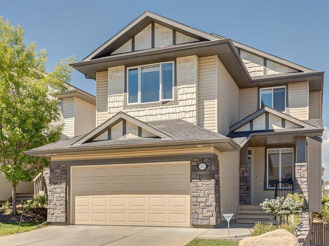 57 Crestmont Drive SW, Calgary, AB T3B 5X7 (#C4148980) :: The Cliff Stevenson Group