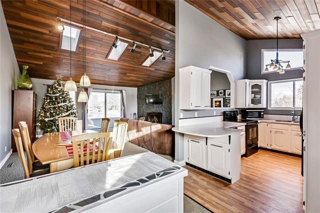 3001 14 Avenue SW, Calgary, AB T3C 0X2 (#C4149283) :: Redline Real Estate Group Inc