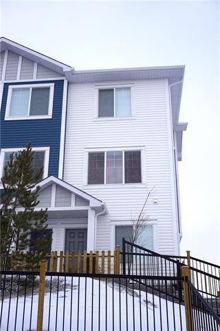 2410 Jumping Pound Common, Cochrane, AB T4C 2L1 (#C4161284) :: Redline Real Estate Group Inc
