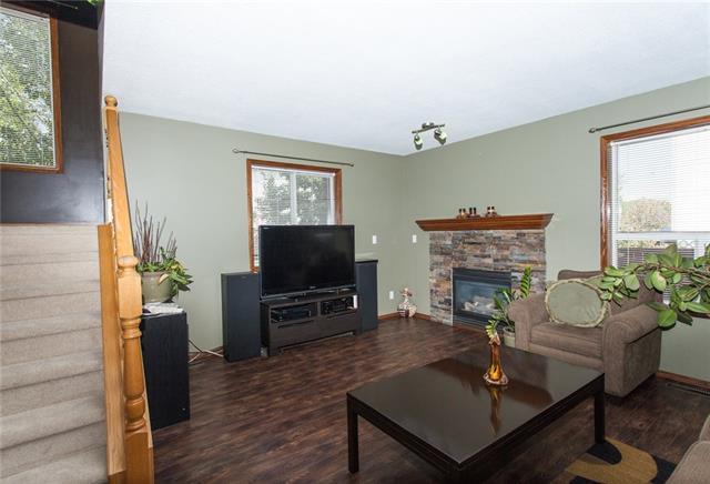 360 Strathaven Drive, Strathmore, AB T1P 1N5 (#C4162075) :: Redline Real Estate Group Inc