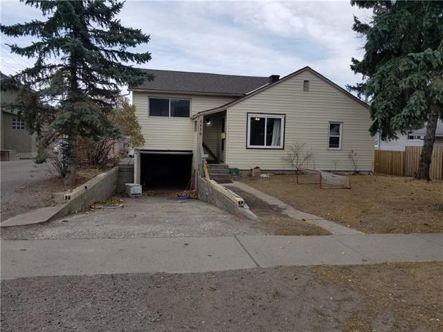 4636 17 Avenue NW, Calgary, AB T3B 0P3 (#C4162531) :: The Cliff Stevenson Group