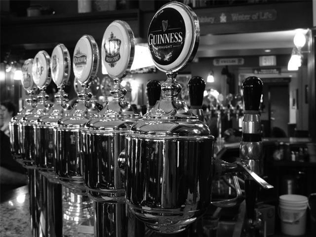 Stunning Pub in Upscale Area SE, Calgary, AB 94108 (#C4162580) :: The Cliff Stevenson Group