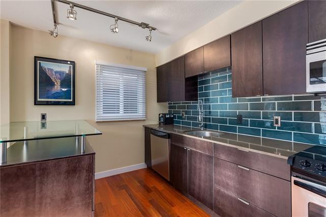 526 22 Avenue SW #302, Calgary, AB T2S 0H6 (#C4162761) :: Redline Real Estate Group Inc