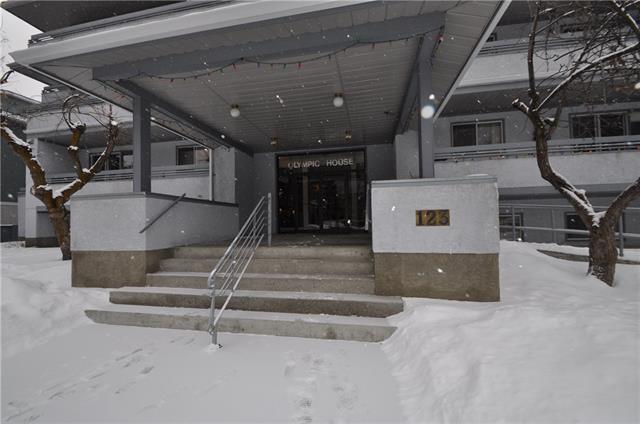 123 Muskrat Street #205, Banff, AB T1L 1E3 (#C4163833) :: Canmore & Banff