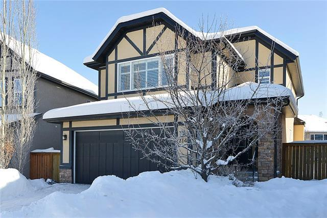 214 Valley Woods Place NW, Calgary, AB T3B 6A3 (#C4165897) :: Redline Real Estate Group Inc