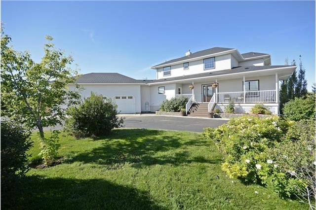22 Rainbow Boulevard, Rural Rocky View County, AB T4A 0N6 (#C4166291) :: Redline Real Estate Group Inc