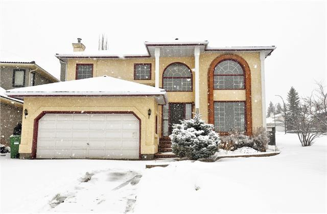 404 Scandia Bay NW, Calgary, AB T3L 1H9 (#C4171396) :: Canmore & Banff
