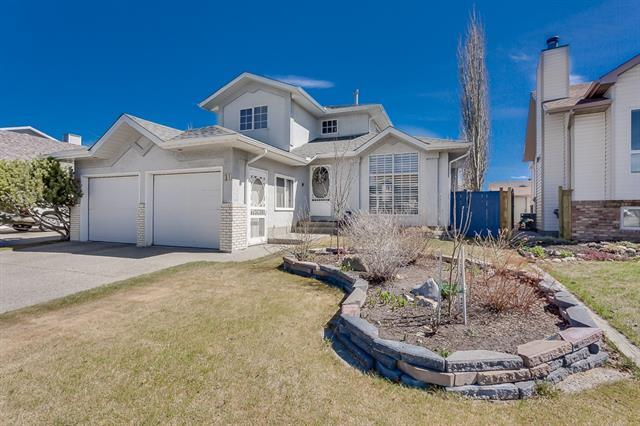 10 Tiller Place SE, Airdrie, AB T4A 1S6 (#C4171680) :: Redline Real Estate Group Inc