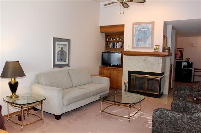 144 Shawnee Rise SW, Calgary, AB T2Y 2S3 (#C4173777) :: Redline Real Estate Group Inc
