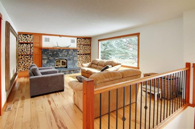 1114 14 Street, Canmore, AB T1W 1V7 (#C4173842) :: Canmore & Banff