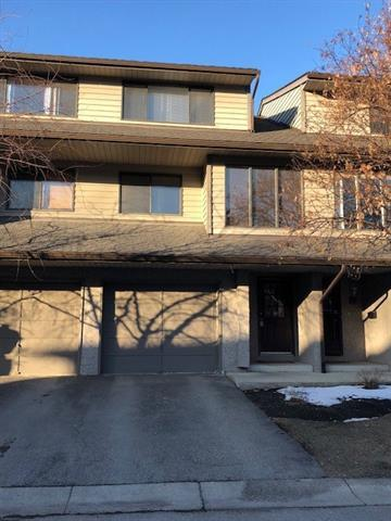 10 Point Drive NW #5, Calgary, AB T3B 4W2 (#C4174891) :: Redline Real Estate Group Inc