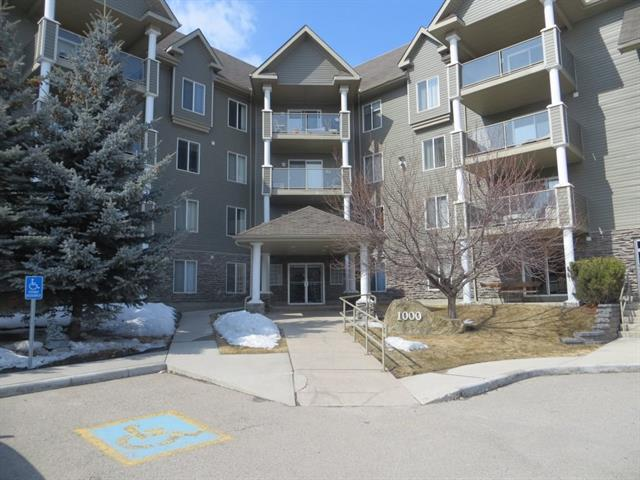 1211 Millrise Point(E) SW, Calgary, AB T2Y 3W4 (#C4175131) :: The Cliff Stevenson Group