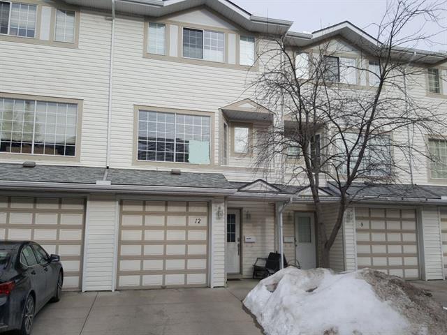 12 Kingsland Court SW, Calgary, AB T2V 0S2 (#C4175277) :: Redline Real Estate Group Inc