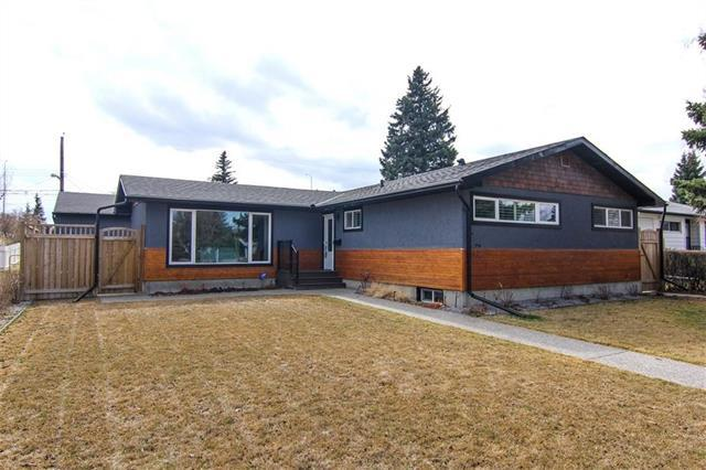 80 Waskatenau Crescent SW, Calgary, AB T3C 2X6 (#C4178439) :: The Cliff Stevenson Group