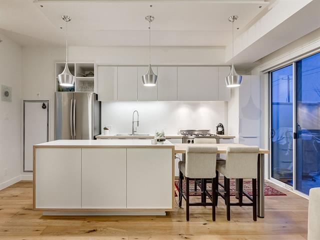 63 Inglewood Park SE #124, Calgary, AB T2G 1B7 (#C4178480) :: Redline Real Estate Group Inc