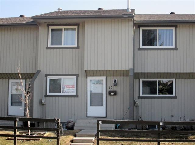 195 Manora Place NE #13, Calgary, AB T2A 5J8 (#C4178599) :: The Cliff Stevenson Group