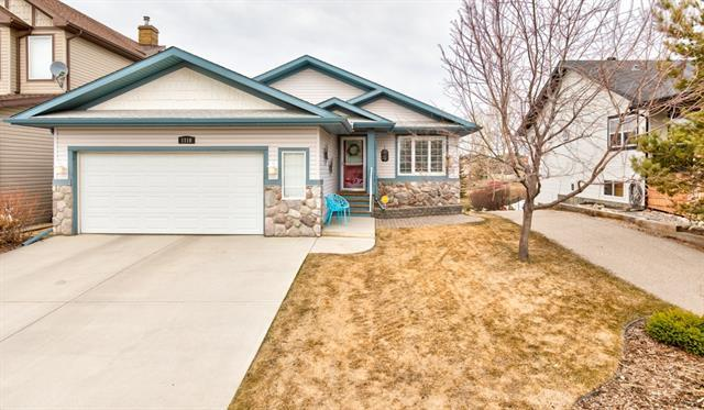 1110 Highland Green View NW, High River, AB T1V 1X2 (#C4179414) :: Redline Real Estate Group Inc