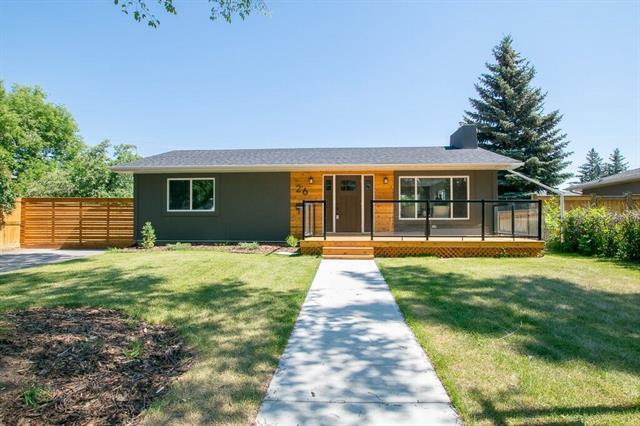 26 Mayfair Road SW, Calgary, AB T2V 1Y6 (#C4181776) :: Tonkinson Real Estate Team