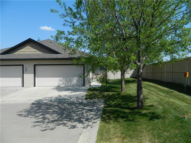 103 Fairways Drive NW #10, Airdrie, AB T4B 2T5 (#C4184923) :: Redline Real Estate Group Inc
