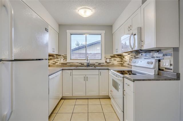 52 Marbank Way NE, Calgary, AB T1A 4A2 (#C4185504) :: Redline Real Estate Group Inc